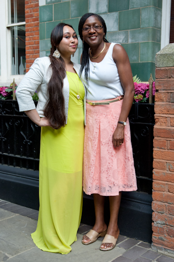 Fatima & guest dressed very summery